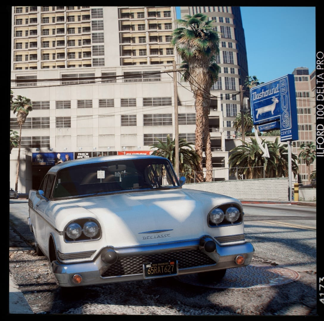 GTA V Has A New Mod That Makes The Game Look Exactly Like Real Life