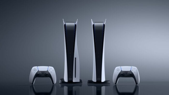 An image of both versions of the PlayStation 5, with two DualSense controllers